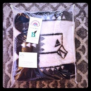 Navi Pesanda Guardian Eagle 100% Wool Blanket NWT